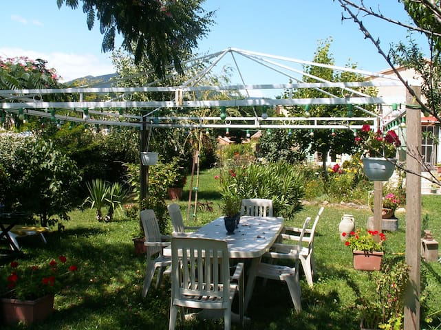 """""""In the Cevennes"""" - Molières-Cavaillac - Bed & Breakfast"""