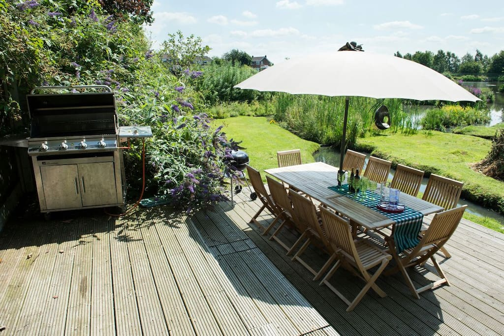 Exclusive use of gas bbq and picnic area