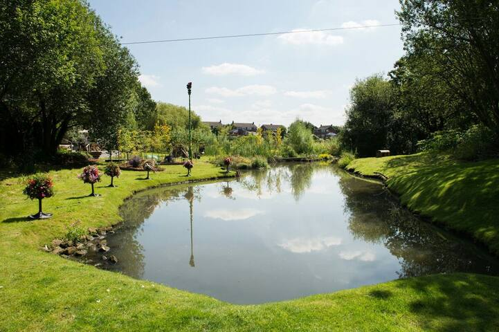 Perfect Family Retreat, Manchester, Near M60