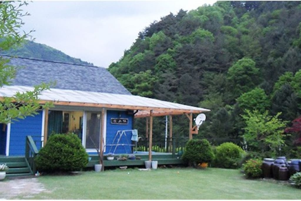 main house(u could ask for a cup of coffee or tea to the host^^)