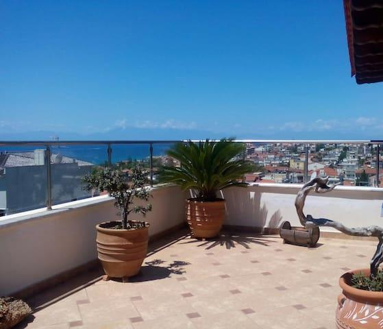 Dolphin Penthouse - Nea Kallikratia - Apartment