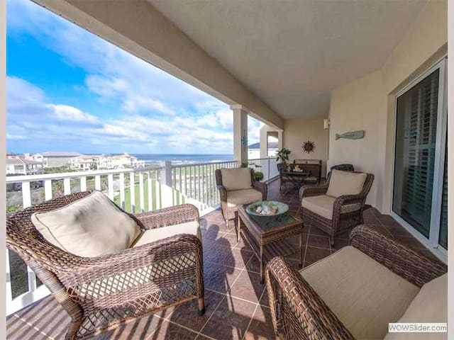 CBR261 - Premier Penthouse Executive Suite Overlooking the Ocean and Golf Course decorated to the Nine    This might just be the nicest condo you have every rented