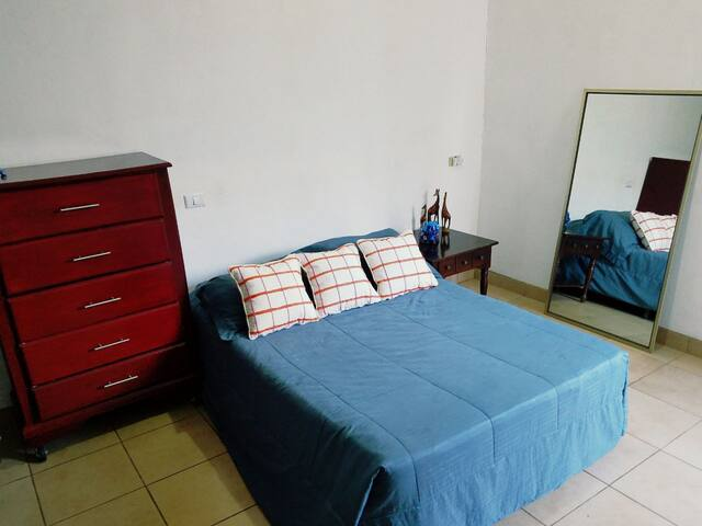 GREAT ROOM AT THE HEART OF JINOTEPE