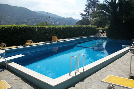 Sea view house with swimming pool - Rapallo