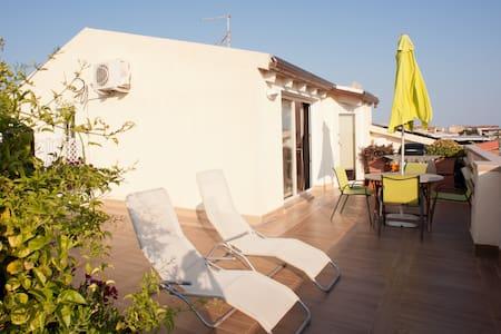Attico vacanze  - Quartu Sant'Elena - Apartment