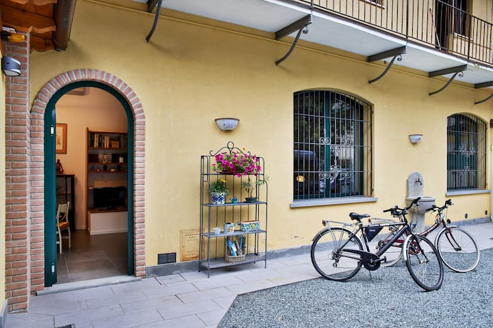Loft via Sauro (car park inside) - Bergamo - Appartement