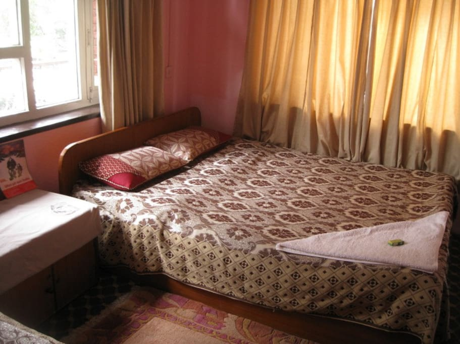 Neat & comfortable bedrooms with orthopedic mattress. Single from 6$, double from 10$. Kitchen facilities available.