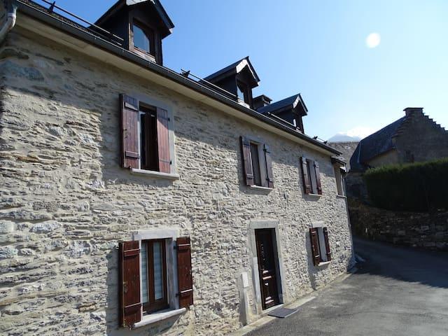 Gite du Sardey - le charme d'une maison ancestrale