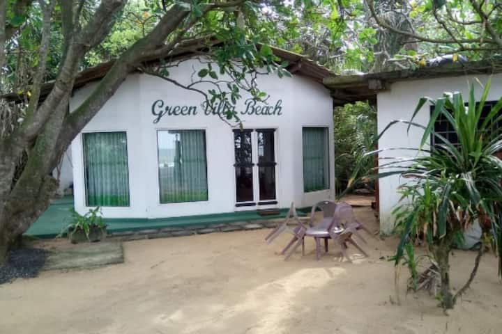 Green Villa Beach and Juice Bar