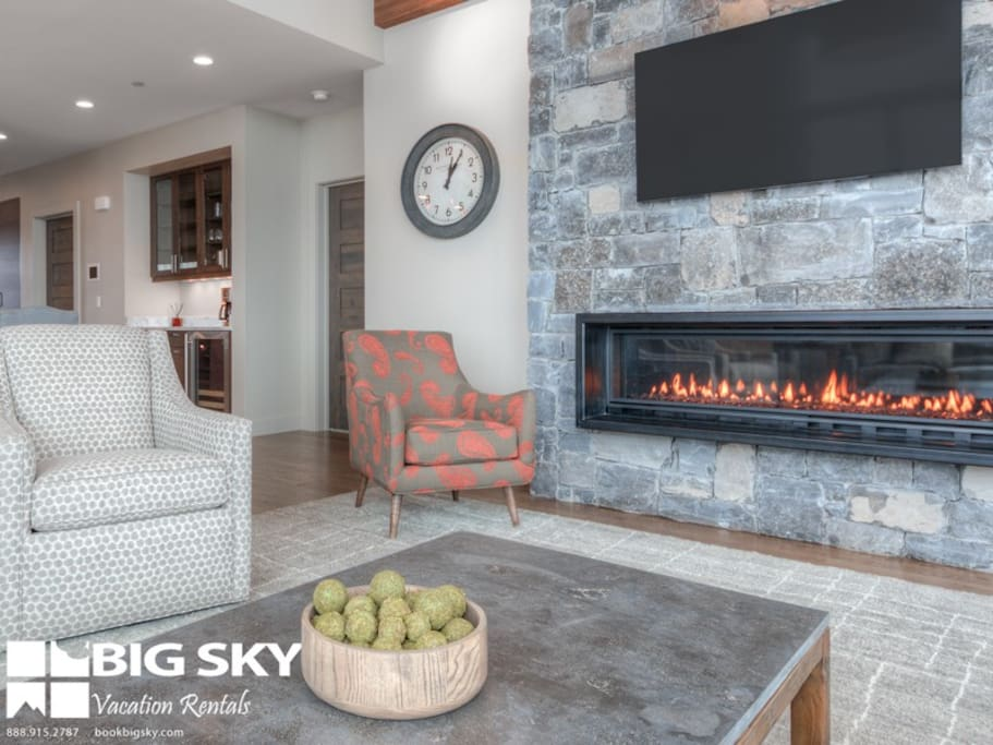 Big Sky Resort, Silvertip 18 Alpine Bend, Living, 2