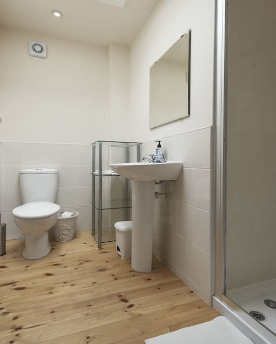 En-suite shower room and toilet