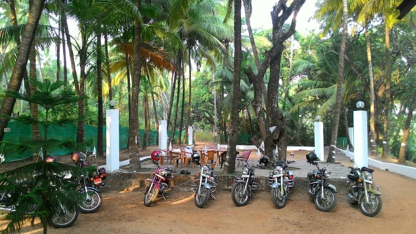 Deodita .Its your home in Goa . - Arpora - Chambre d'hôtes