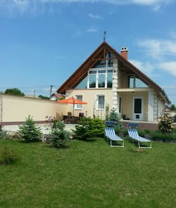 gemütliches Zimmer in Balatonnähe - Füle - Rumah