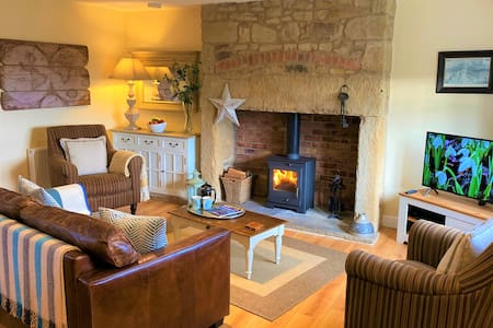 Honeycomb Cottage near Warkworth - 4*Gold Award