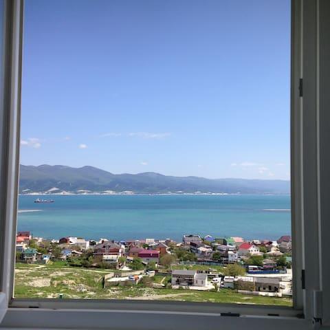 апартаменты с видом на море и горы - gorod Novorossiysk - Flat