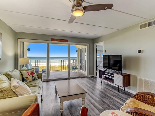Oceanfront-Better ON the Beach-King Beds!