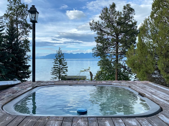 Beautiful Large Lakefront Home
