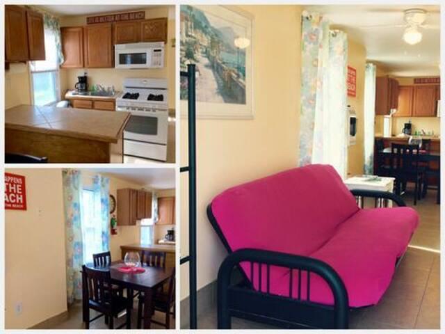 Bright-Beachy 2 bedroom clean home - Seaside Heights - Casa