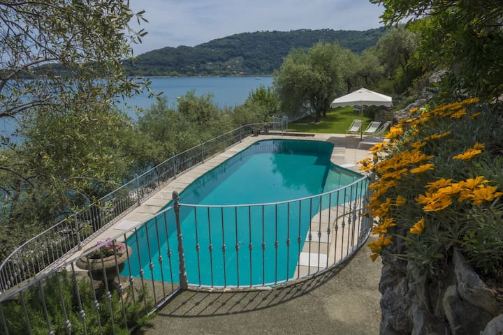 Luxury Villa Sea-Pool, Free Wifi/AirC. June Offers
