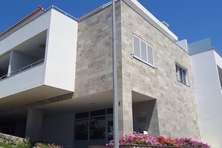 """""""Sonho Dourado"""" Beach apartament Porto Santo - Vila Baleira"""
