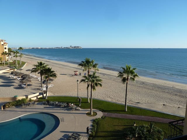 Princesa de Peñasco A-403 Beautiful Beachfront!!