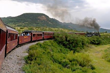 Coal Train Inn - Ház