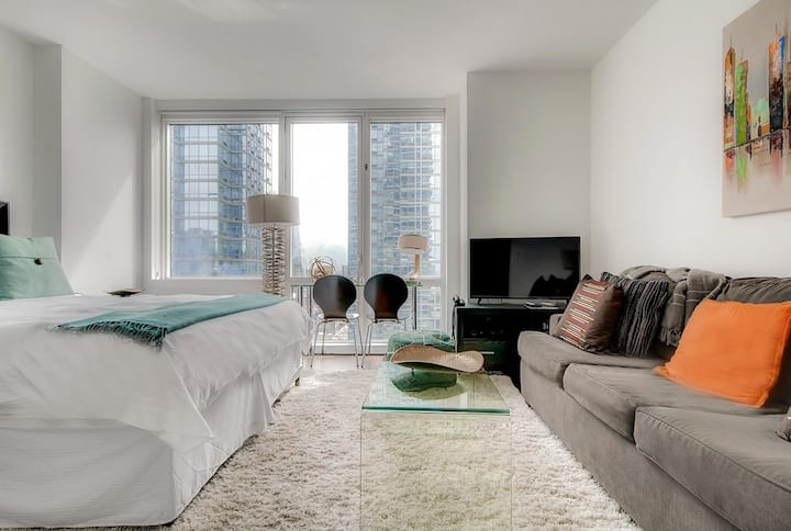 Deluxe Studio|Close to Hospitals|Hell's Kitchen