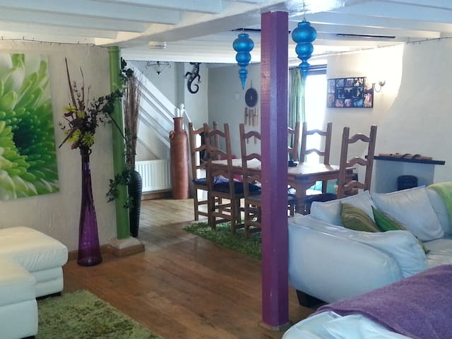 400yr cottage + Holistic Therapies - Newquay - Hus