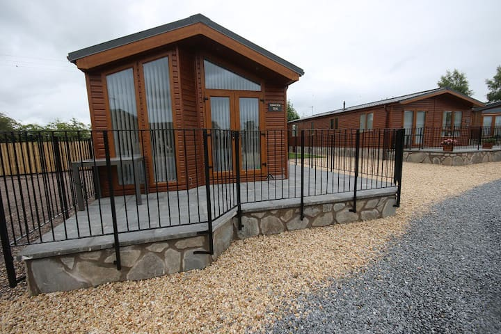 Beautiful Luxury Lodge, Dunning, Perthshire