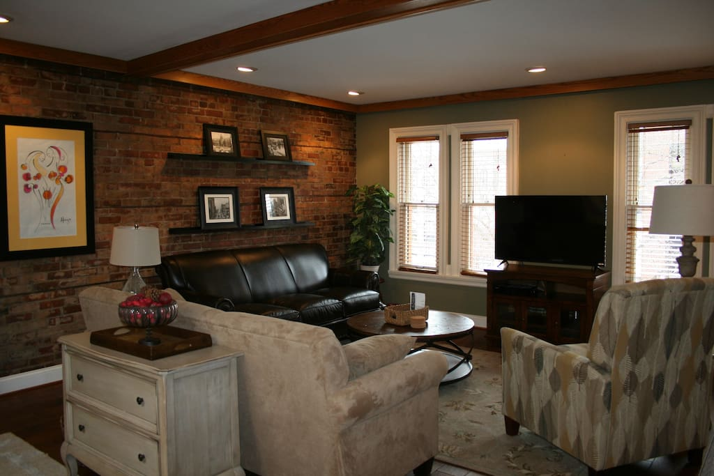 Buffalo Brownstone In Historic Allentown Apartments For Rent In Buffalo New York United States