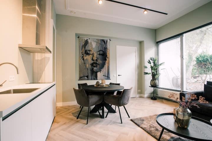 Stadsvilla Tilburg,  Luxe appartement,  Hendrik