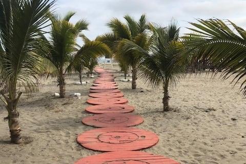Playa privada Casa en Urbanización vía Data-Playas