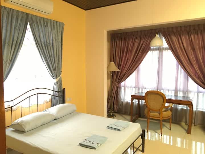 Batu Ferringghi Balinese Style Resort Home