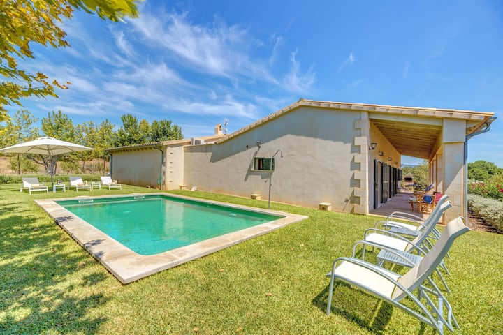 """Finca Sa Pradera"" ideal for cyclists with pool and barbecue near Palma"