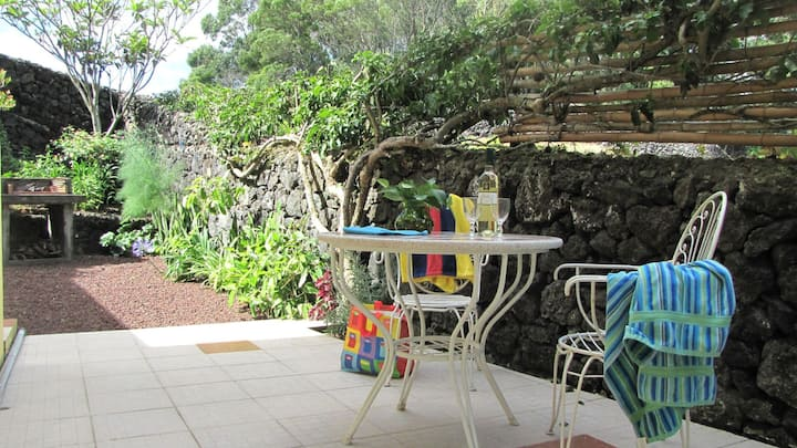 Quinta cottage #5 -2.5 km to ocean and restaurant. Max 2 people