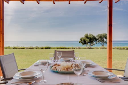 R40 Amazing maisonette breathtaking sea view. - Nea Skioni