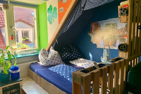 Kreatives Design Irland Zimmer im Szeneviertel