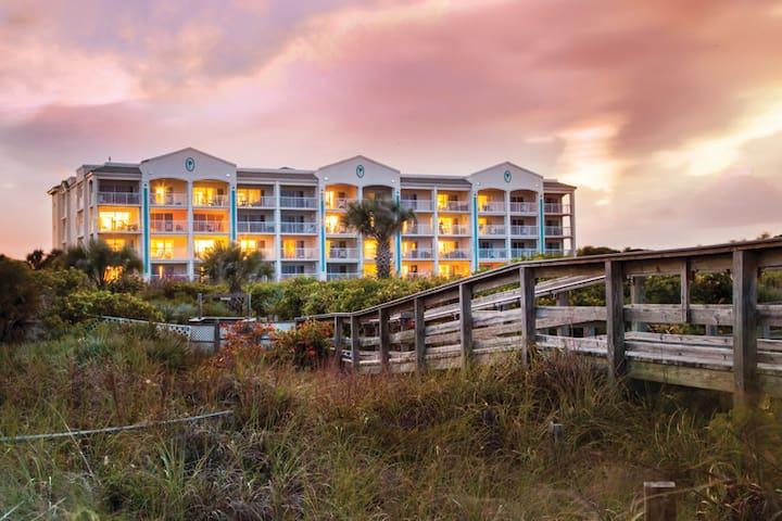 Cape Canaveral Beach Resort - Cape Canaveral, FL