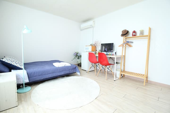 Konkuk Univ 1min distance, near metro station