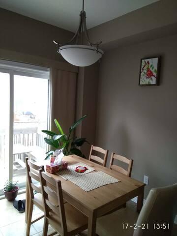 明亮,温馨的房间 - Oakville - Bed & Breakfast