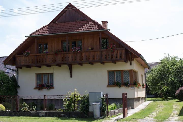 Ubytovanie u Hajčov - Smrečany - Casa
