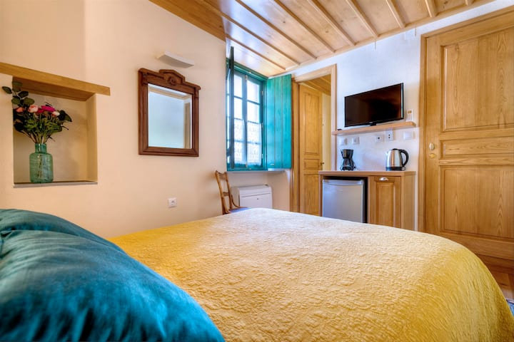 Budget Double Room | Ritsos Guesthouse