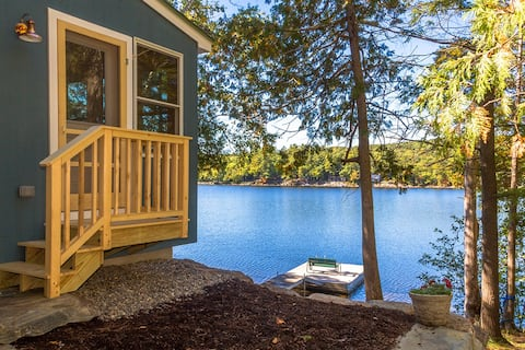"Contemporary ""Maine Cottage"" at Lake's Edge + Dock"