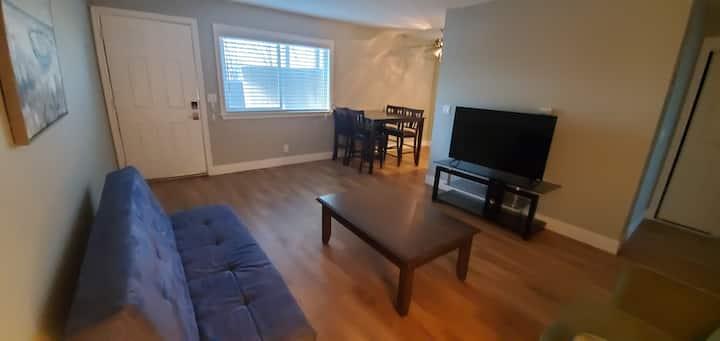 1st floor modern, West valley 1 bedroom  apartment