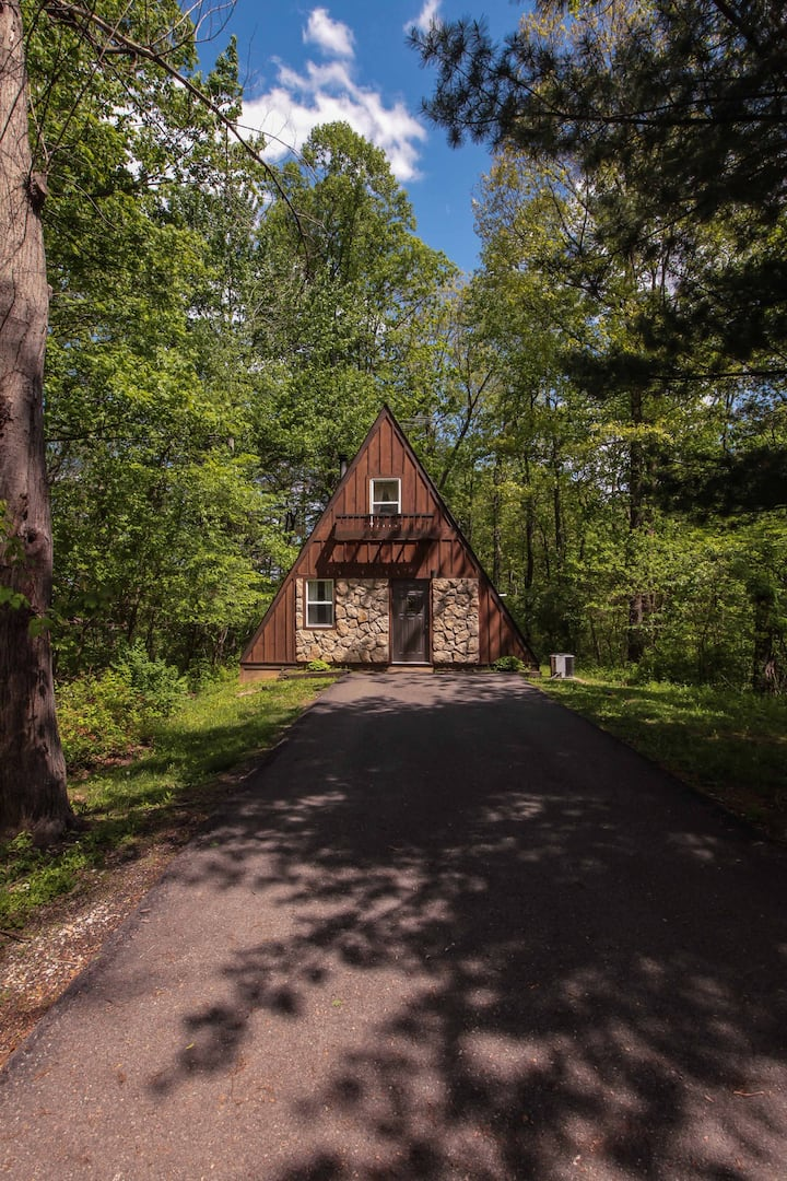 A-Frame #18 - Romantic Hideaway - Hocking Hills