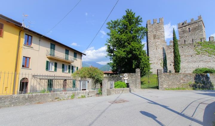 Casa Ombretta - Sotto il castello di Rezzonico