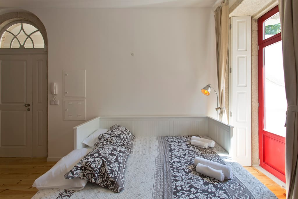 Comfortable beds to have a great night of sleep.