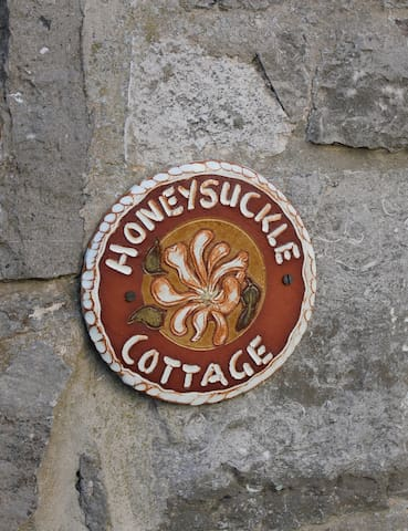 Honeysuckle Cottage, Lovely self catering cottage - Cheddar - Ev