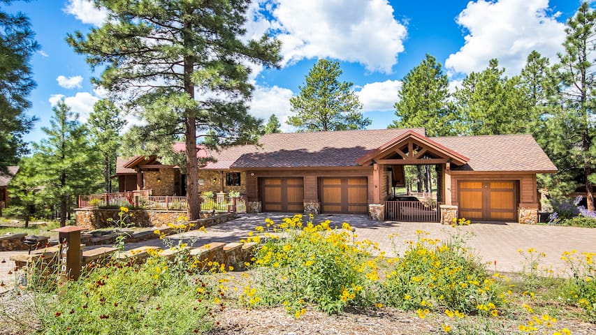 Del Aire Retreat at Pine Canyon