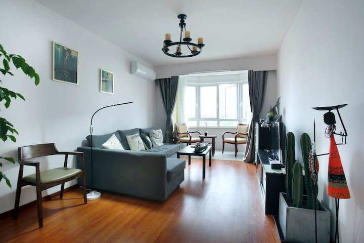 Downtown 70㎡ 2br apartment by Jingan Temple. METRO - Shanghai - Appartamento